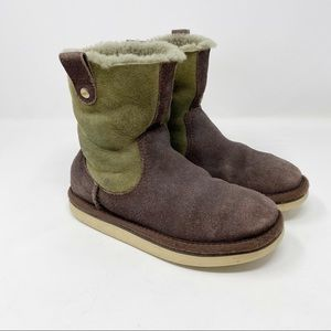UGG Short Two Tone Suede Shearling Boots